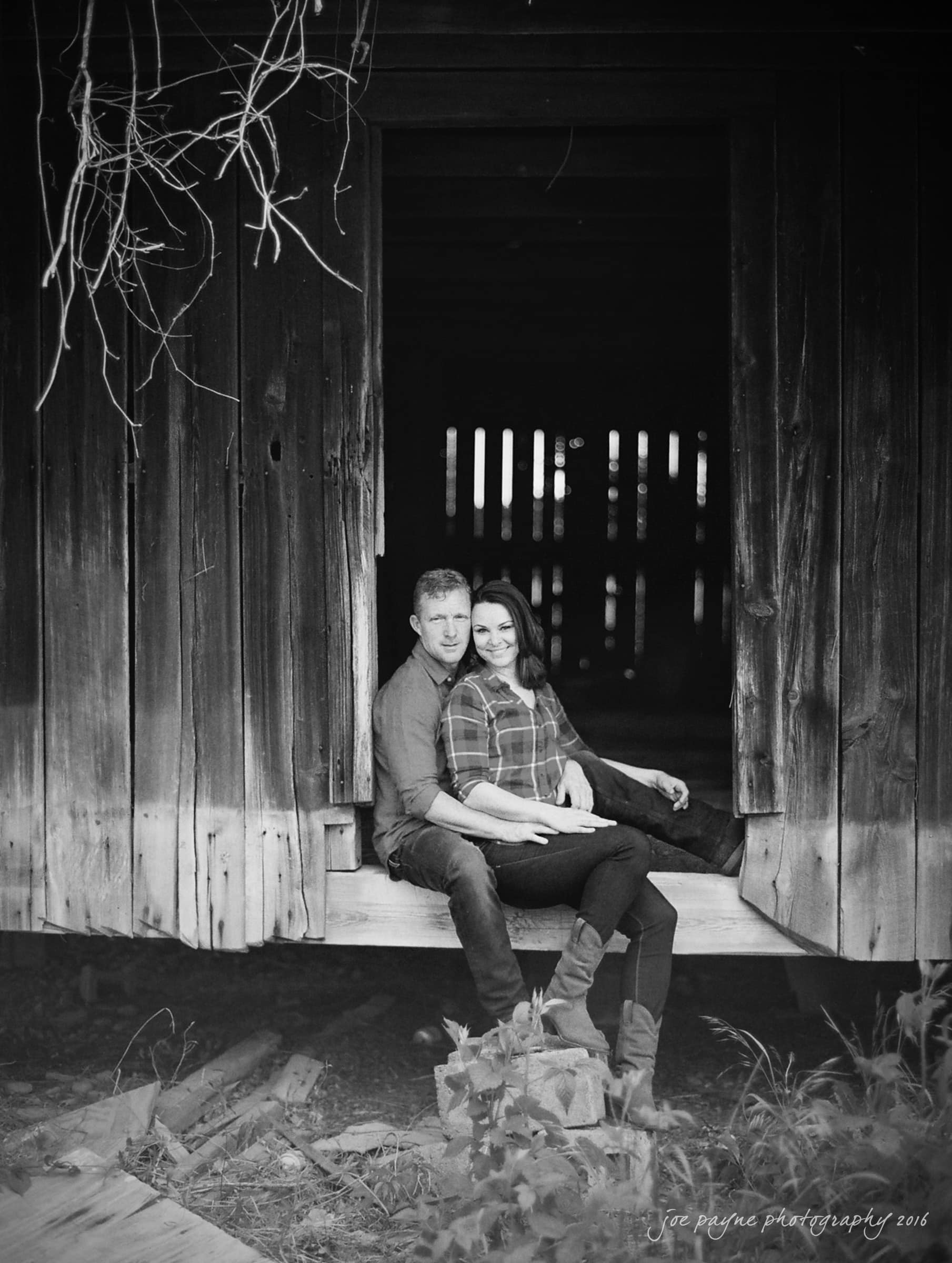 Rural NC Engagement Photography - Christina & Jerry-20