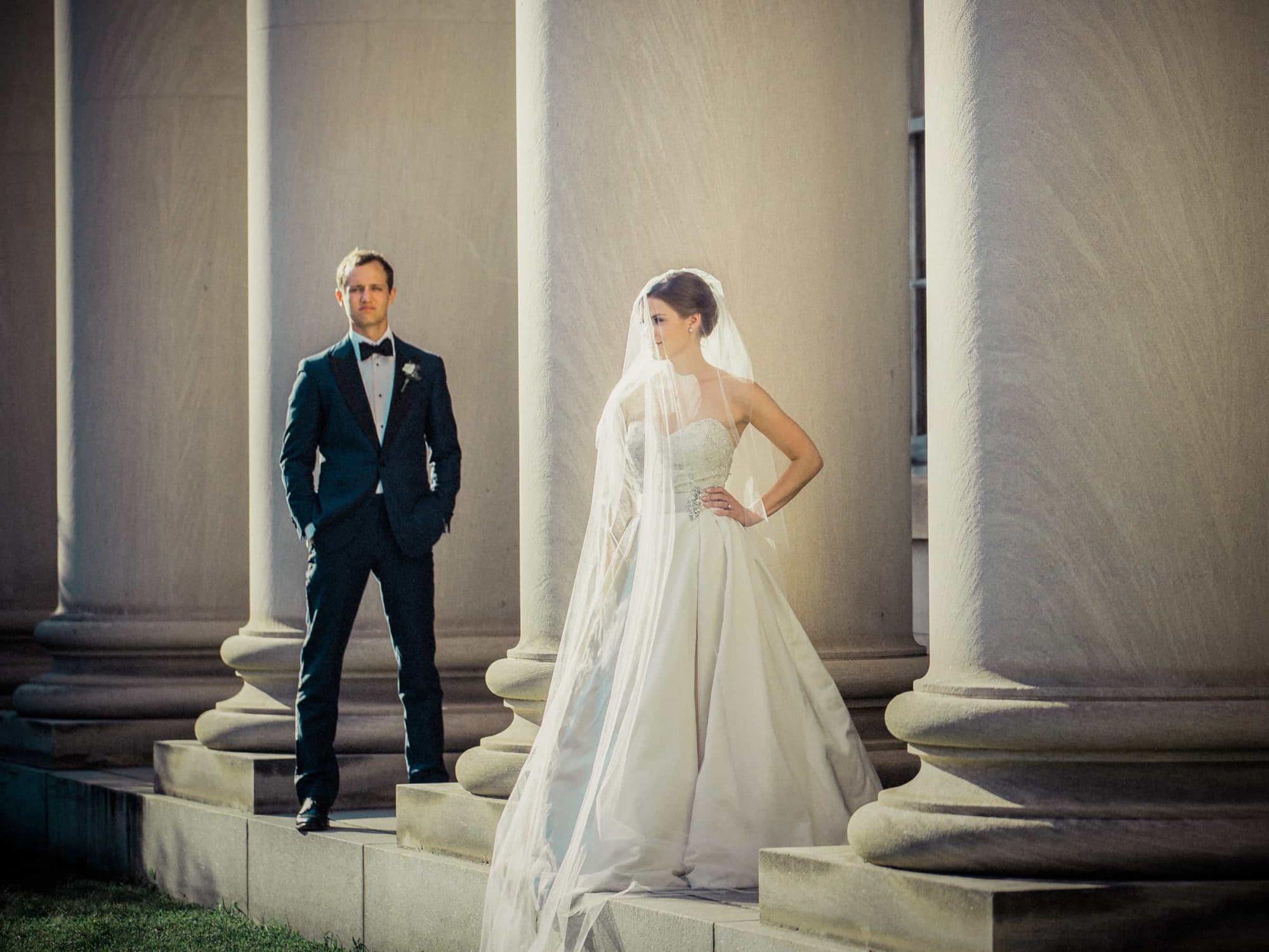 Durham-Post-Office-Wedding-Photos-Couple-Columns-1