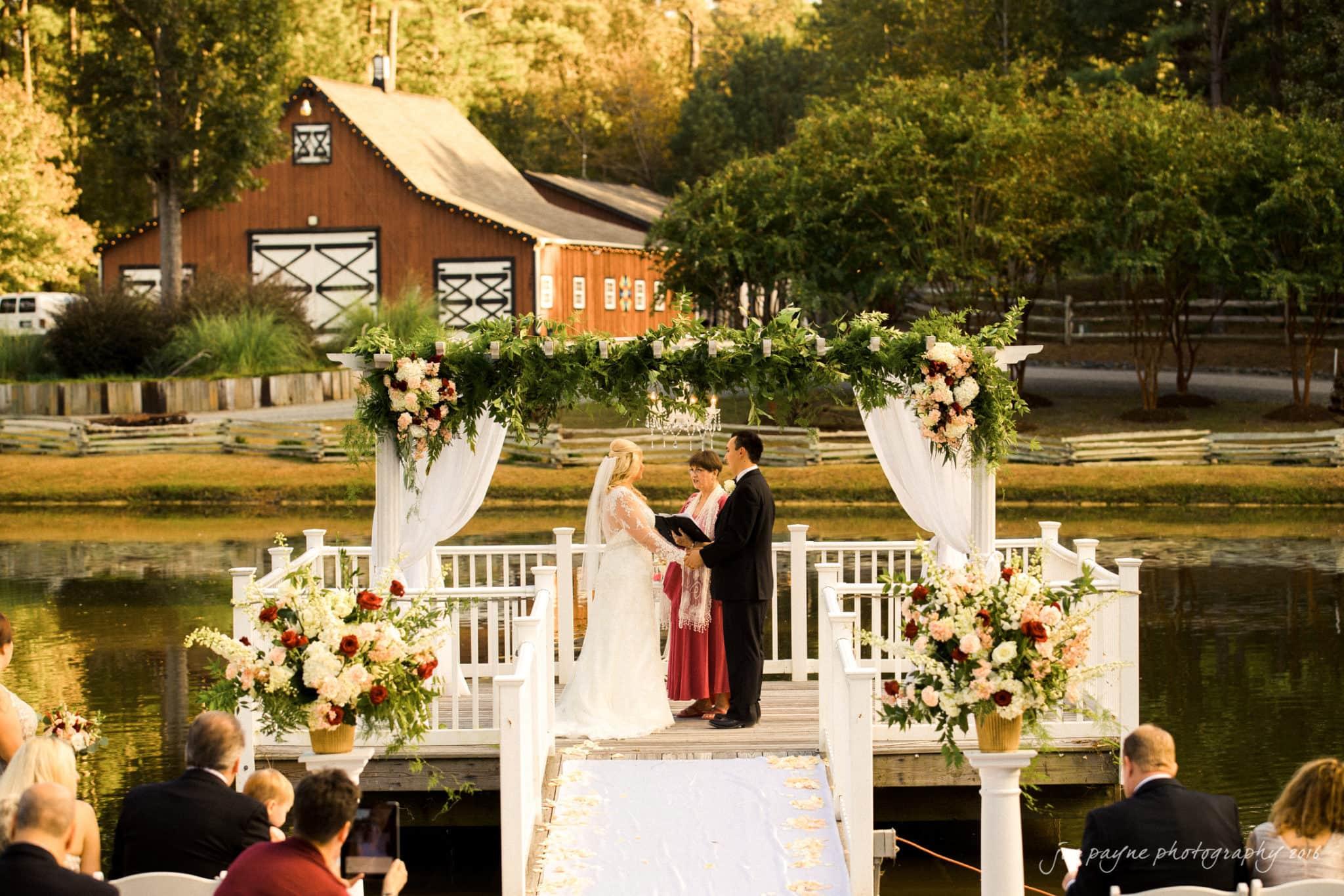 shady-wagon-farm-wedding-photography-danielle-josh-20