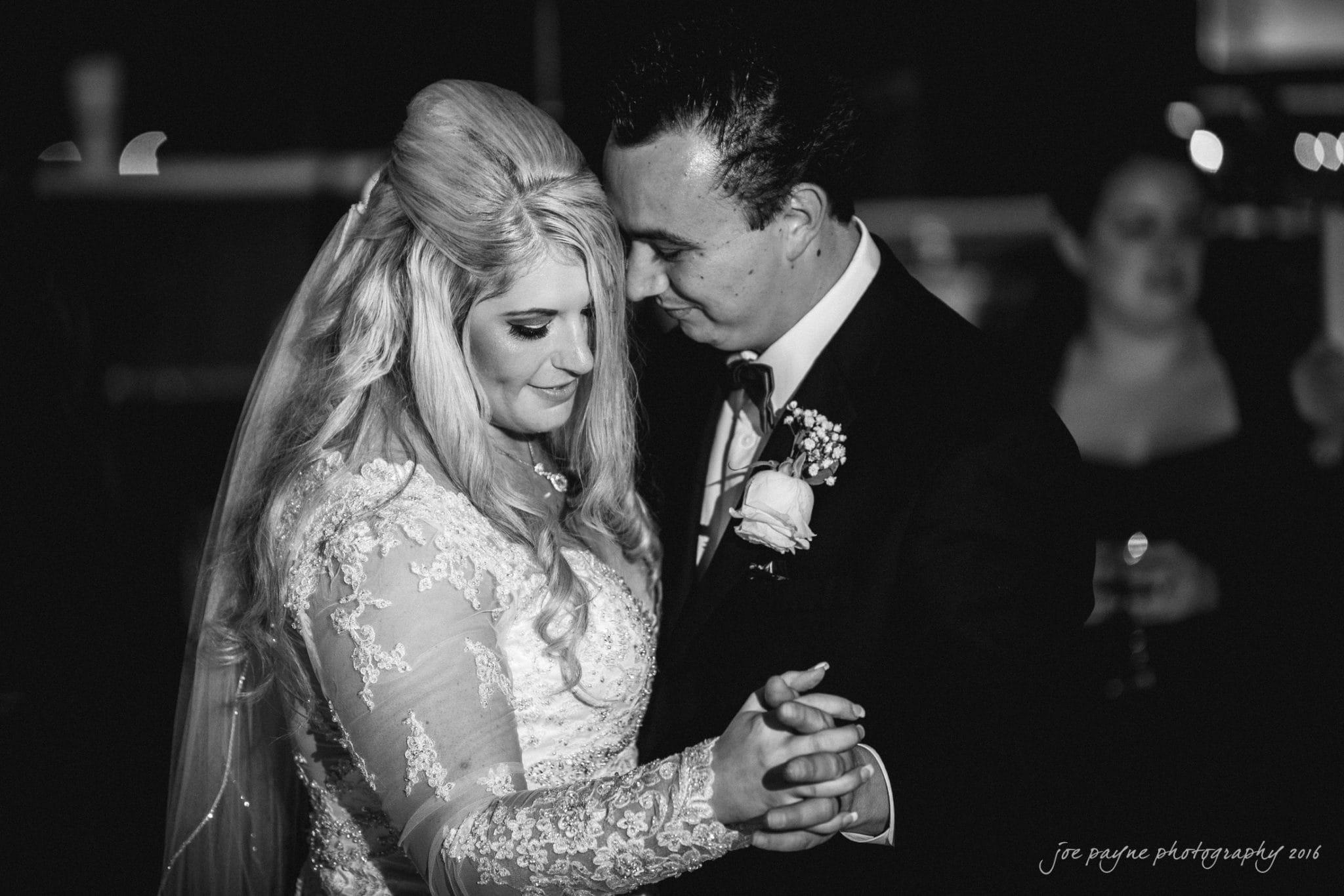 shady-wagon-farm-wedding-photography-danielle-josh-44