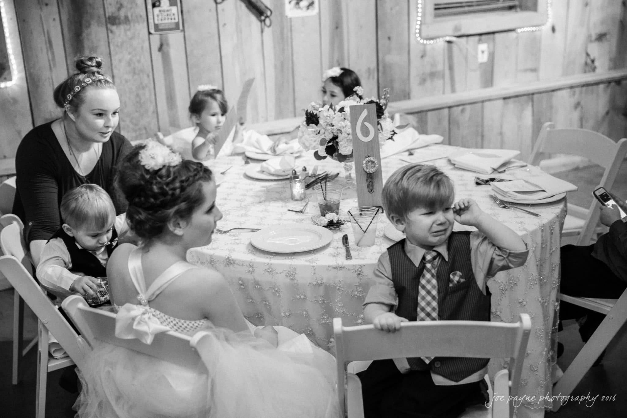 shady-wagon-farm-wedding-photography-danielle-josh-48