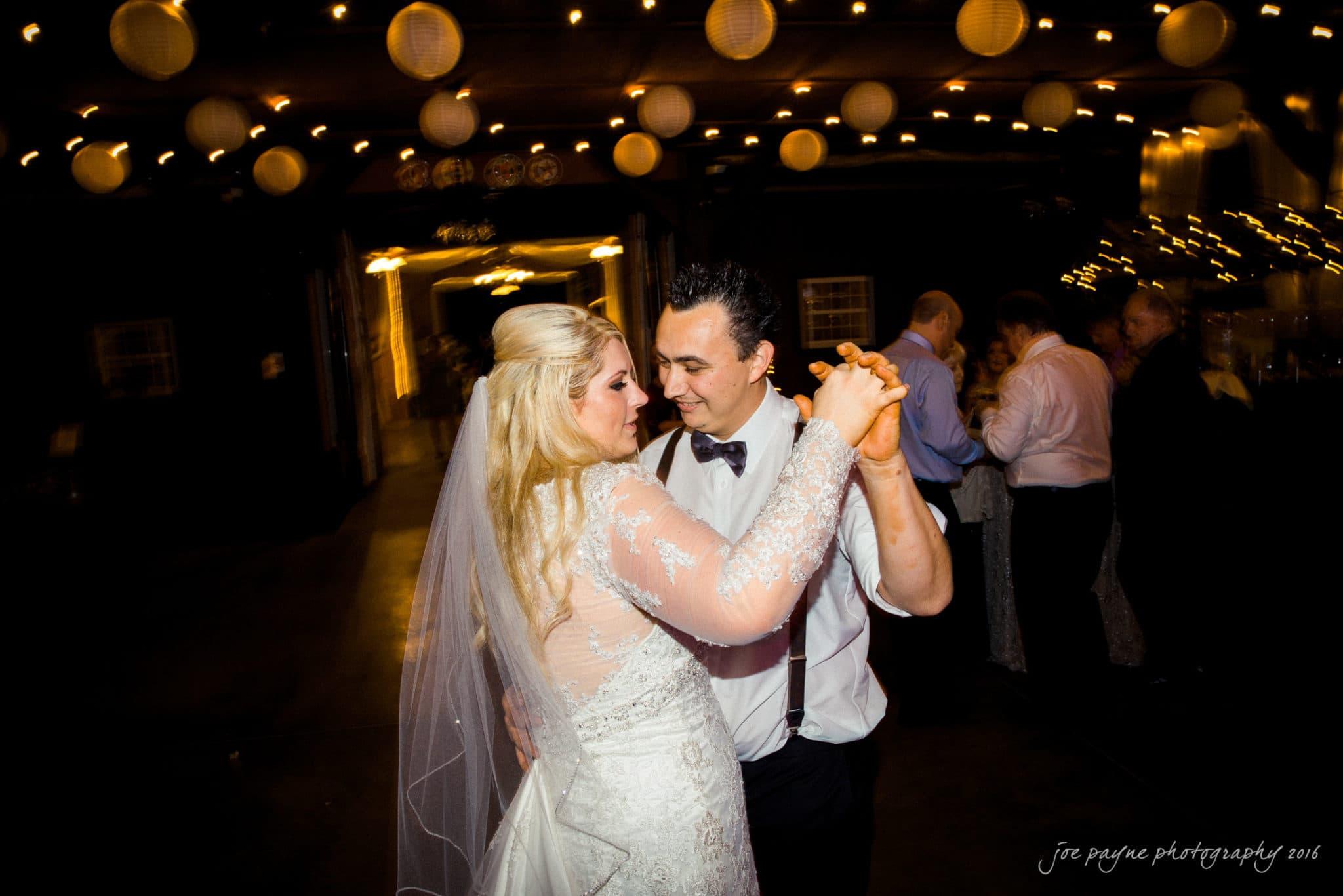 shady-wagon-farm-wedding-photography-danielle-josh-51