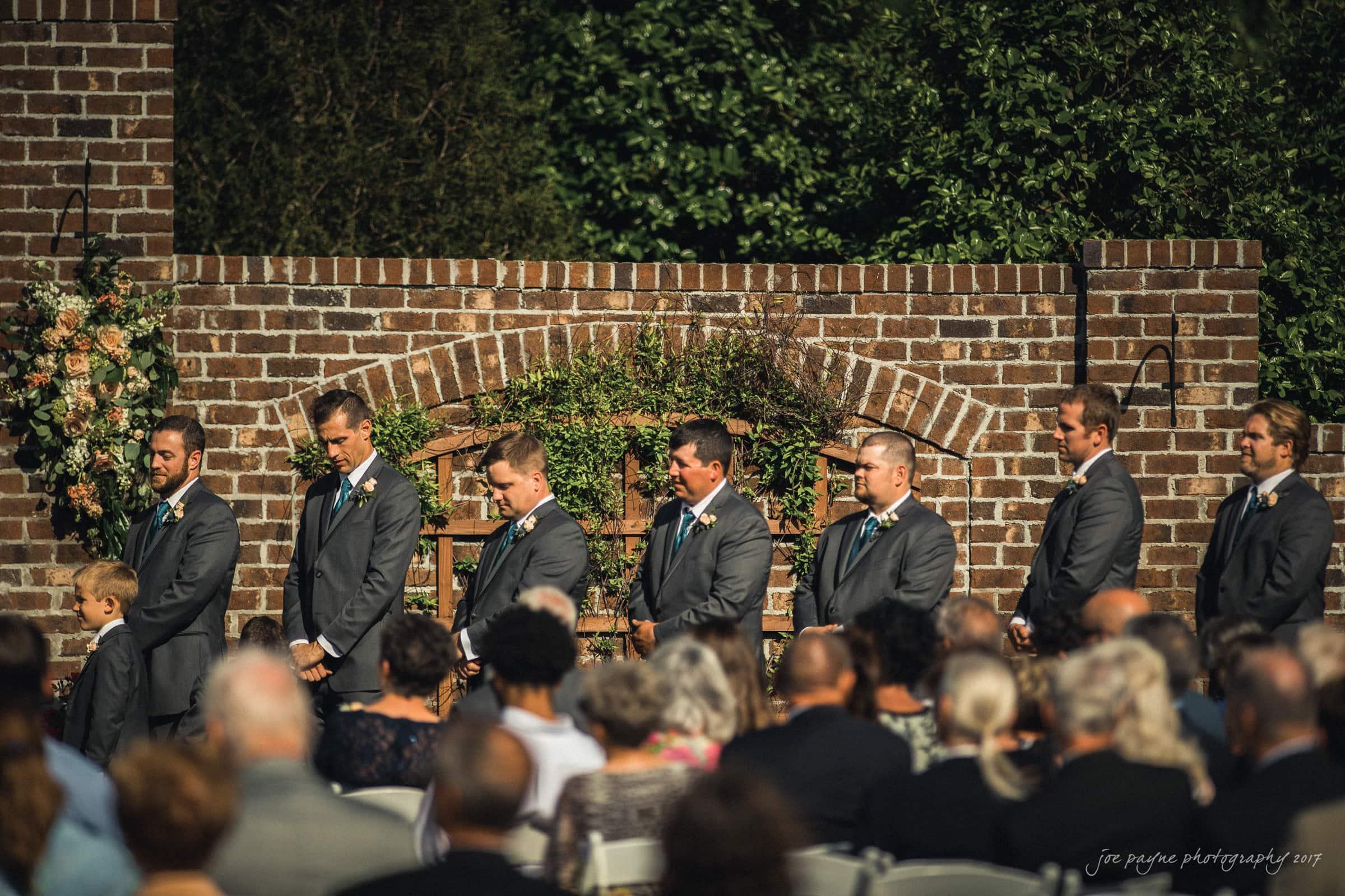 Oaks-at-Salem-Apen-Wedding-Photography-Kim-Jeff-3-2 Impressionnant De Salon De Jardin Tressé Leclerc Conception