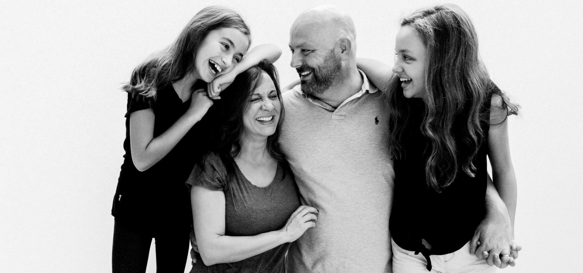 jpp family 2020 portrait bw 1 2